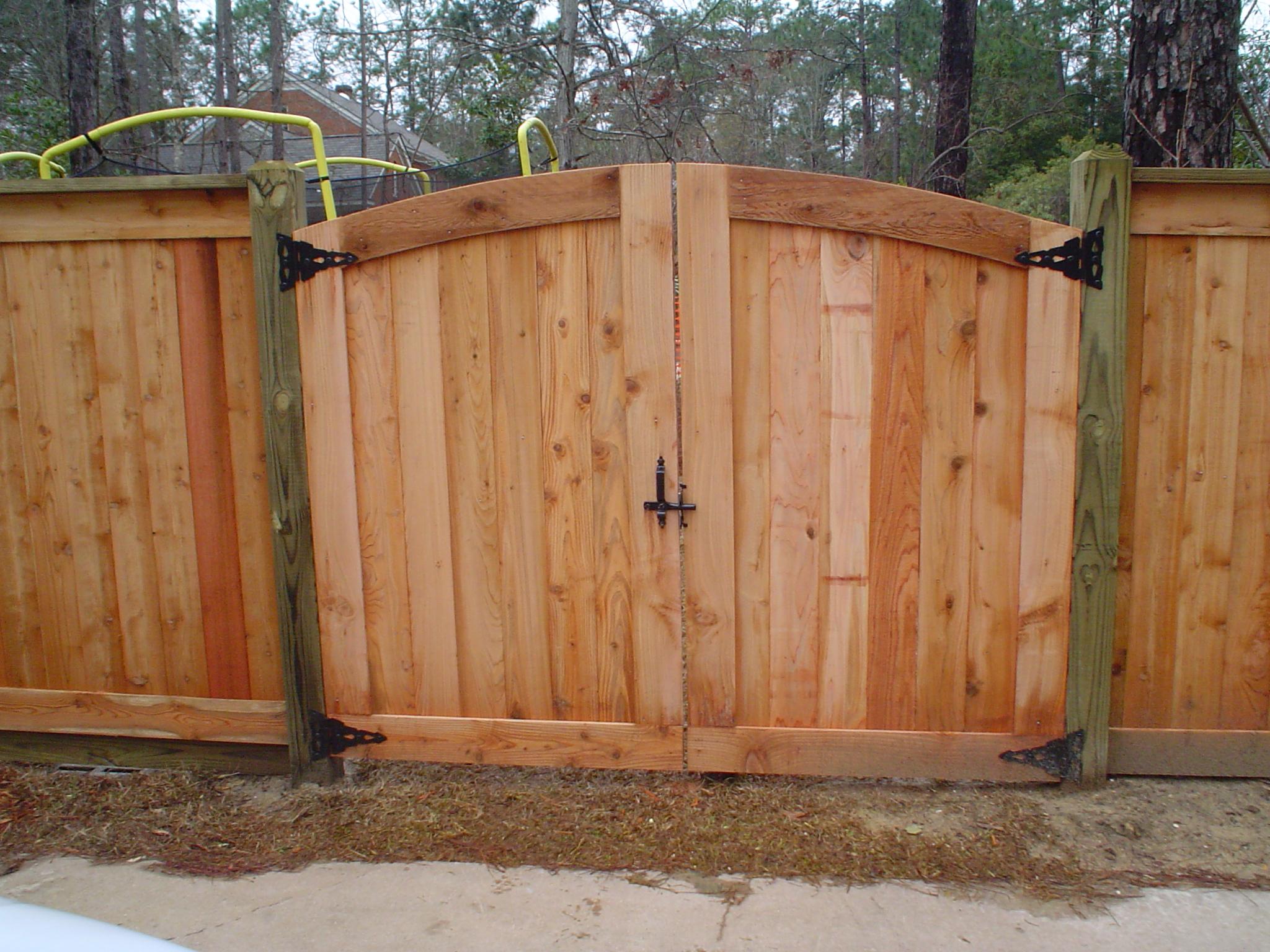 Wood jefcoat fence company of hattiesburg